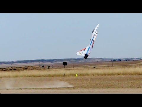 Victor Calvo J-10 Chengdu RC JET Extreme 3D
