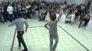 Денис и Алена танец лезгинка(, 2011-11-06T00:58:21.000Z)