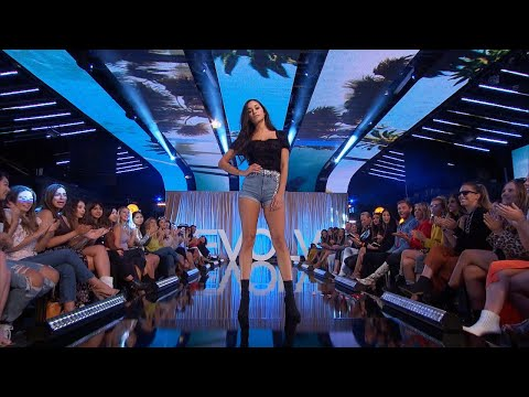 The Ladies Compete In a Fashion Show - The Bachelor