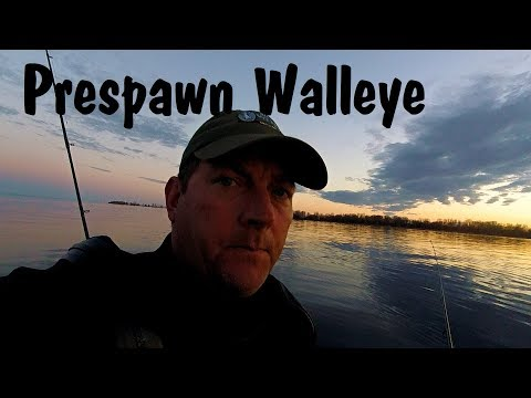 Kayak Pedal Fix And More Pre-Spawn Walleye Fishing (Cold Water Fishing)