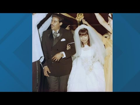 Dozens of couples celebrate 50 years of marriage