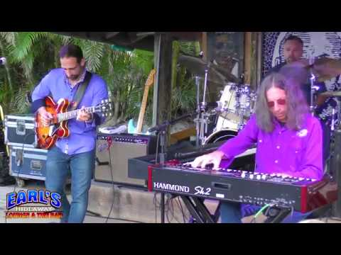 Bruce Katz Band   OUT FROM THE CENTER   Earl's Hideaway   Sebastian FL   02 11 2018