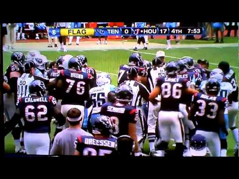 NFL Fight : Cortland Finnegan and Andre Johnson Fight!
