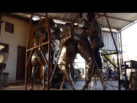 https://www.zevasconcellos.com.br/escultura-em-aco-inox-new-sculpture-in-stainless-steel-ze-vasconcellos-metal-sculptures