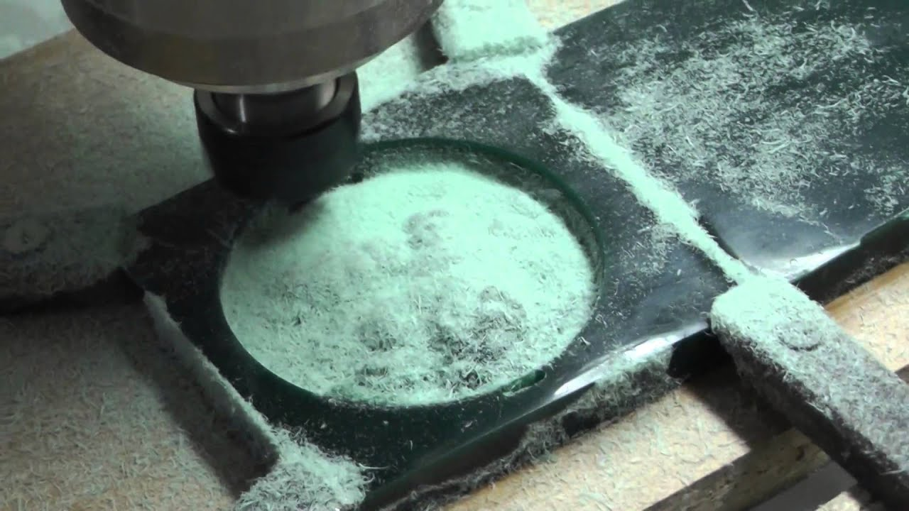 TOPINCITY: Обработка воска спиральной фрезой FLG 15 градусов R0.1 .