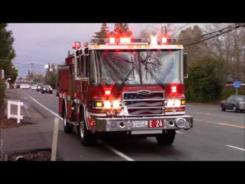 Sacramento Metro Fire District Engine 24 & AMR Medic 804 Responding Code 3 + CHP Code 2