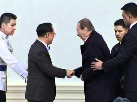 Macau casino tycoon Ho says family row resolved