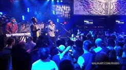 Bruno Mars - Just The Way You Are LIVE HD