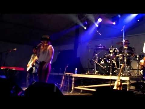 ZZ Ward full concert part one.