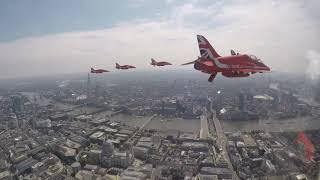 Red Arrows 2018 - Queen's Birthday Flypast
