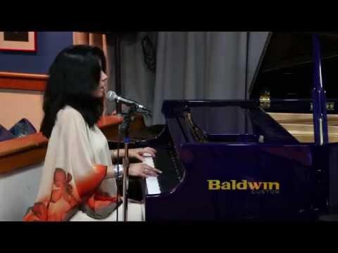 MVI 1321 Stella Crispo at The Trumpets Jazz Club, 09/14/2014
