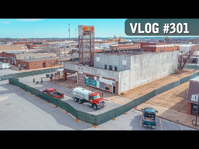 VLOG #301 / They're Tearing EVERYTHING Down! / January 18, 2021