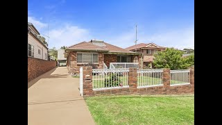 Helensburgh - Brick Home With Double Garage/Studio In  ...
