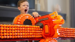 Nerf War: 5 Million Subscribers!