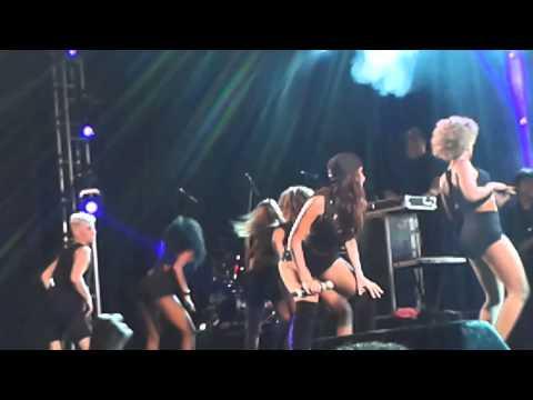 Anitta - Pam Pam Hey (Recife)
