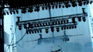 "Crystal Castles playing ""Baptism"" @ Lollapalooza 2009"