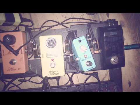time by pink floyd mooer blue faze fuzz pedal demo youtube. Black Bedroom Furniture Sets. Home Design Ideas