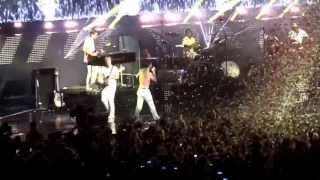 Maroon 5 Moves Like Jagger - Comcast Center, Mansfield MA