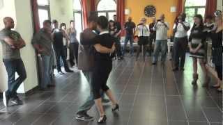 "Bachata Moderna débutant avec Yami et St'Effy ""Step One"""