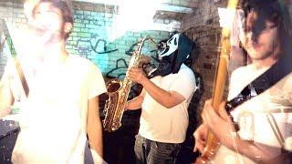 Eins. - Geisterhaus (offizielles Musikvideo)