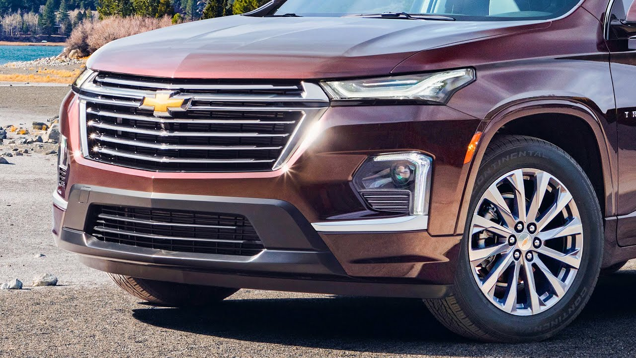 4 Chevrolet Traverse: First Look at the Refreshed American SUV!  Exterior, Interior & Features