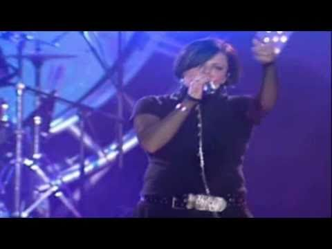 Annette Moreno - Me Amas (Live Video HD)