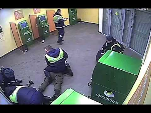 Задержание подозрительных посетителей Сбербанка в Зеленограде