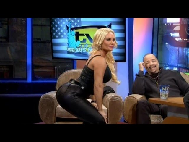 Yogastunde mit Coco Austin - TV total