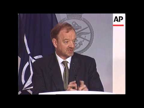 UK: MINISTRY OF DEFENCE KOSOVO CRISIS PRESS BRIEFING