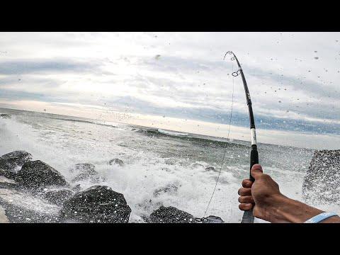 STRIPED BASS - FALL RUN START - Bucktails (PART 1) - Surf Fishing Long Island