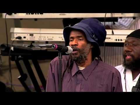 Israel Vibration - Vultures (Live at Reggae On The River)