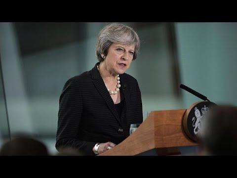 ماي ترفض إبقاء إيرلندا الشمالية ضمن النظام الجمركي للاتحاد الأوروبي…  - نشر قبل 2 ساعة