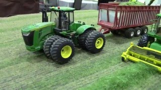 2016 St. Louis Farm Toy Show Display Contest Second Place Dan Maier