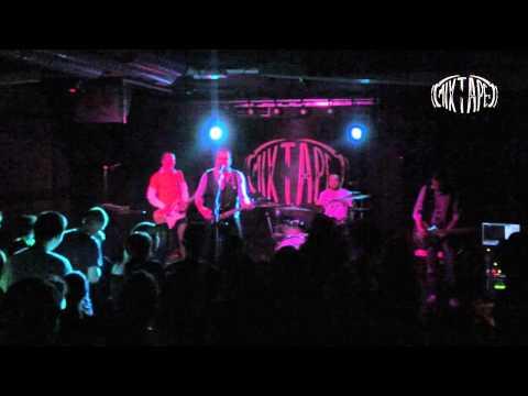 P.I.F. - Ne znam ( Live @ club *MIXTAPE 5*, Sofia 09 05 2012 )