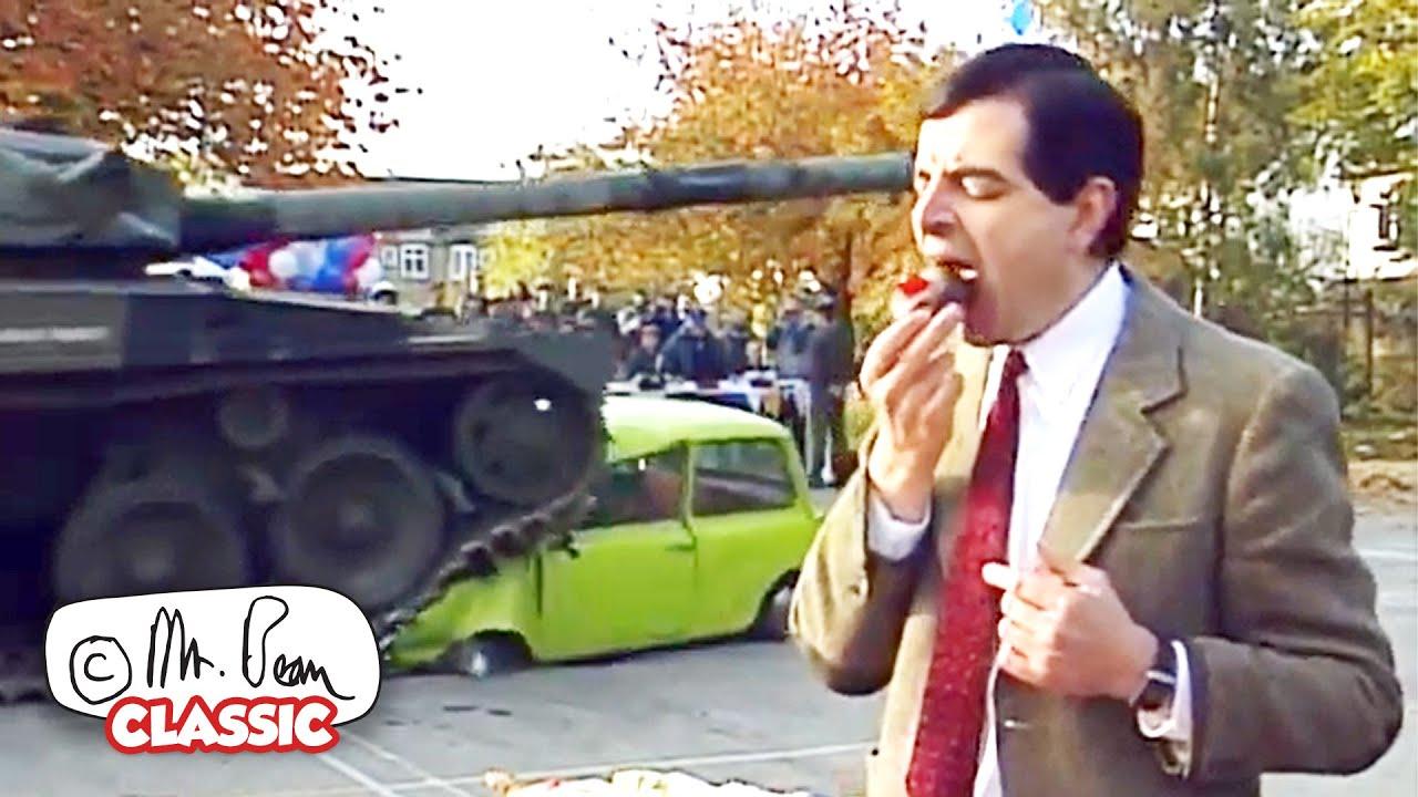 Mr Bean's CAR DISASTER! | Mr Bean Funny Clips | Classic Mr Bean