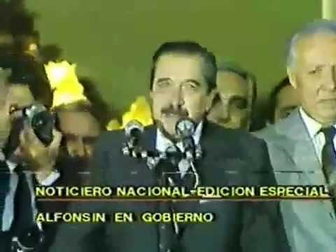 """Raúl Alfonsín: """"Felices Pascuas, la casa está en orden"""""""