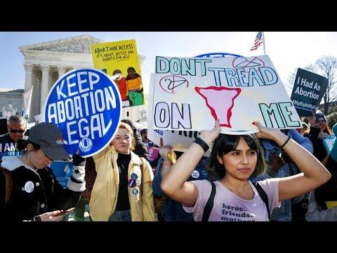شاهد: أمريكيات ومكسيكيات يتظاهرن ضد مناقشة حق الإجهاض من طرف القضاة…  - 06:53-2021 / 9 / 15
