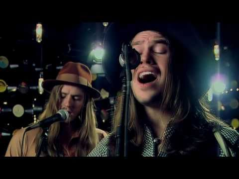 Jonathan Tyler & the Northern Lights - Gypsy Woman (Live Acoustic Music Video)