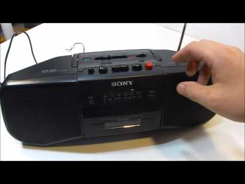 Sony CFS-B15 Portable Boombox FM/AM Stereo Radio Cassette Tape Player Recorder