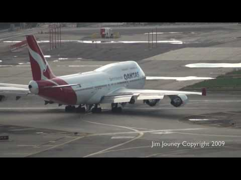 QANTAS 747 Takeoff From LAX - Live ATC