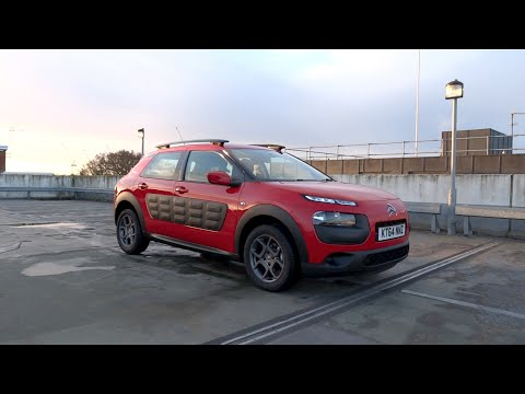 Фото к видео: 2015 Citroën C4 Cactus 1.6 BlueHDi 100 S&S Feel Start-Up and Full Vehicle Tour