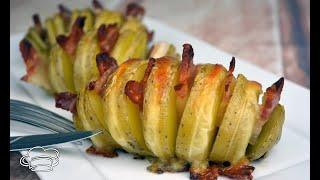 Patatas Hasselback al horno con panceta y mozzarella