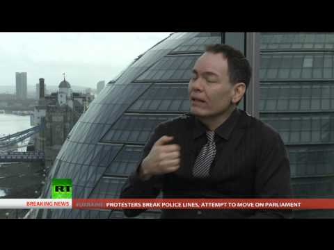 Keiser Report: France's Financial Horror Movie (E564)
