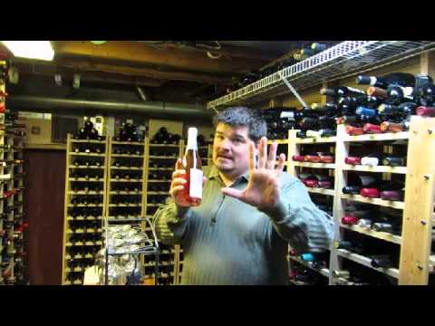 OntarioWineReview Video #1: Coyote's Run 2009 Sparkling Pinot Noir Rose
