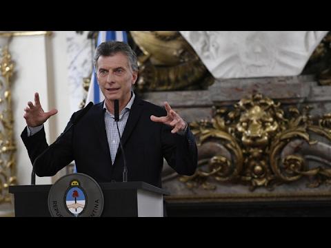 Macri tuvo que dar marcha atrás con el recorte a jubilados y la deuda del Correo