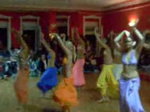 Novosadske trbusne plesacice