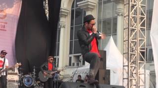 Download lagu Nineball - Akulah Serigala (Live Festival Langit Musik 2014)