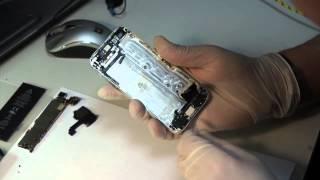 Ремонт iPhone 5 - замена шлейфа, разъема наушников(Айкейсес. Денис. Саша. Таганка. Ремонт Сломался iPhone? Хотите починить? Велкам: http://www.icases.ru/repair/, 2014-04-03T16:34:32.000Z)