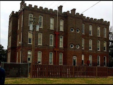 Urban Exploring Knoxville Lakeshore Mental Hospital Youtube