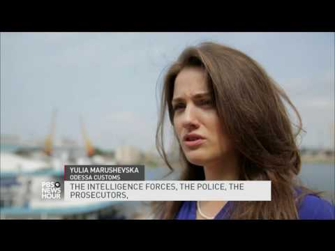 Ukraine fighting against Russia, corruption simultaneously